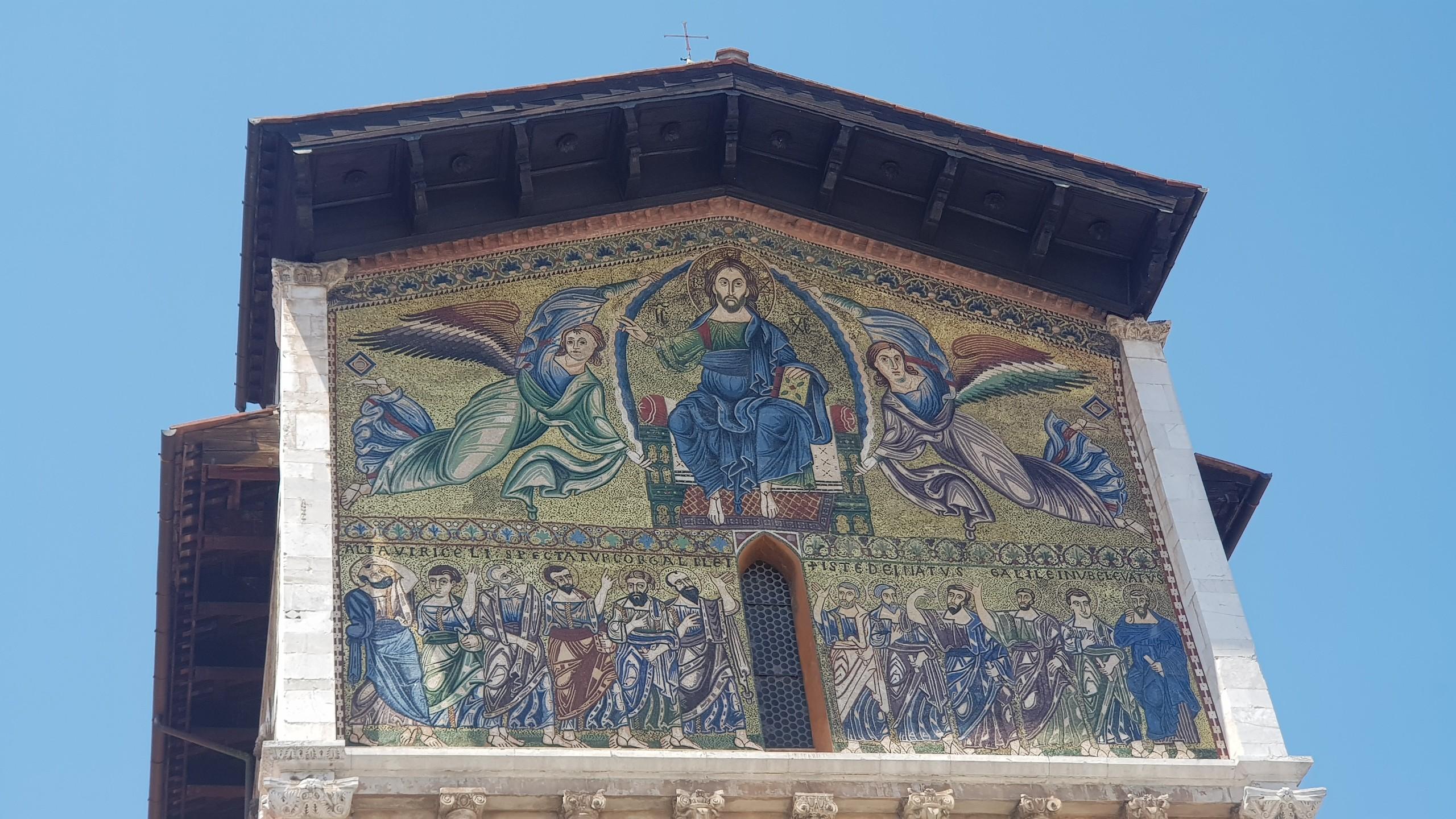 El Mosaico artístico está presente en la basílica de San Freddiano